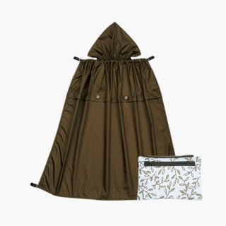All-Seasons Rain Cover with detachable zippered pouch / Italian manor / 20019-1